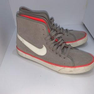 Gray and pink nike high tops size 6.5